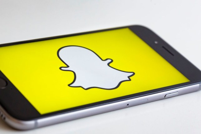 Tired Of Conventional Social Media Apps? Try Snapchat - Ravzgadget