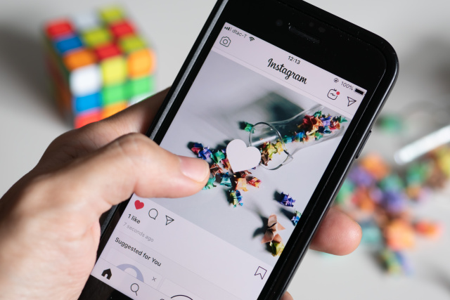 Instagram Said It Will Allow Creators Sell Products In The App From July - Ravzgadget