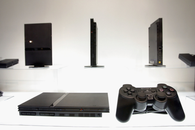 PlayStation 2 Will Now Play Homebrew Games Using DVD Player Exploits - Ravzgadget