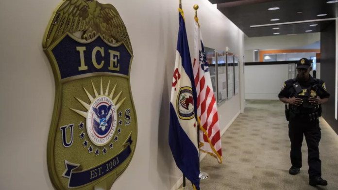 Google And Facebook Supports Lawsuit Against U.S. ICE - Ravzgadget