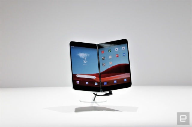 Microsoft Surface Duo Could Possibly Launch With AT&T - Ravzgadget