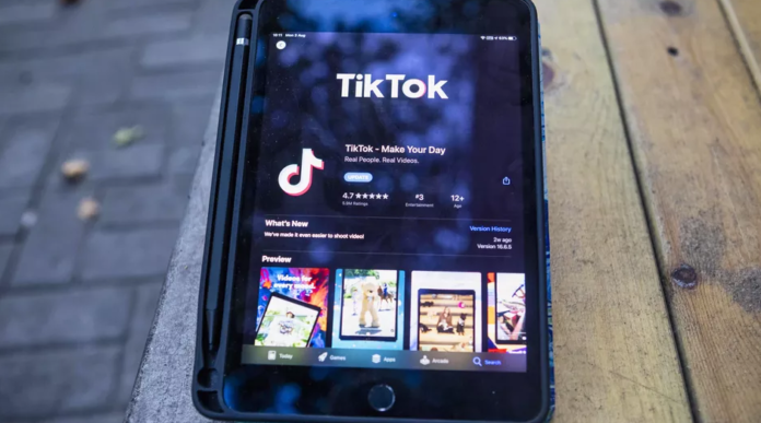 TikTok Slides Backward In App Store After Trump's Ban Threat As Triller Rise - Ravzgadget