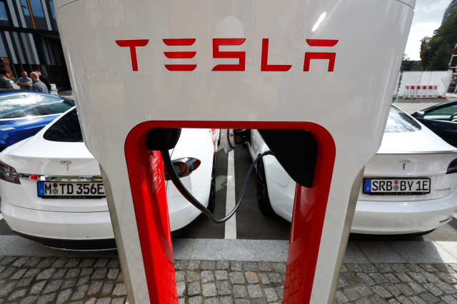 Tesla Supercharger Flaw Will Allow Rival EVs Charge For Free In Europe