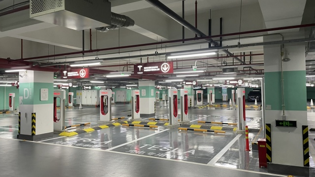 Elon Musk Tesla Launches World Largest Supercharger Station In Shanghai - Ravzgadget