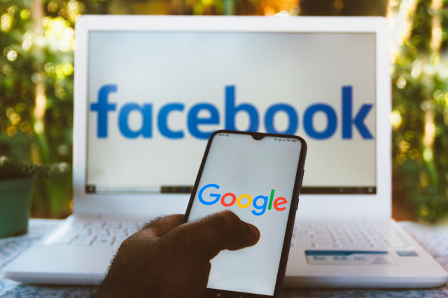 Facebook And Google Accused Of Having A Deal That Limits Ad Competition - Ravzgadget