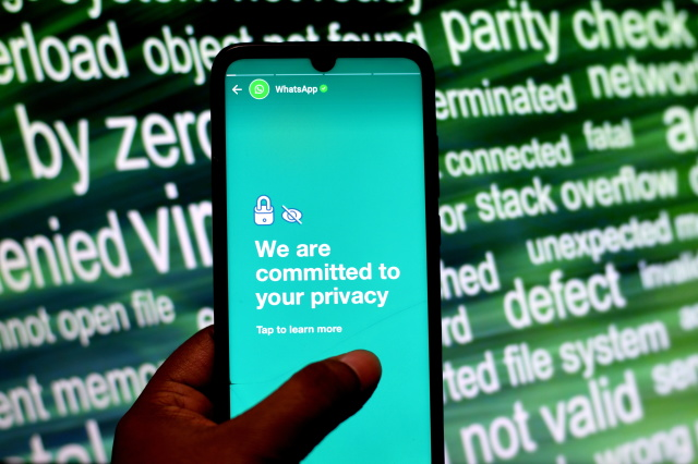 WhatsApp Is Using Stories To Try And Correct Users Privacy Fears - Ravzgadget