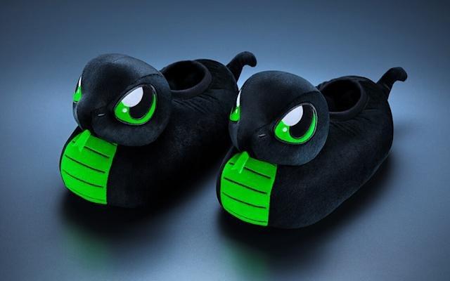 Razer Has Made Slippers For World Snake Day Sneki Snek - Ravzgadget